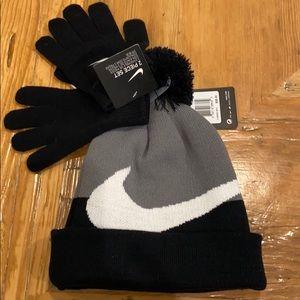 NEW Nike Youth Hat & Glove Set